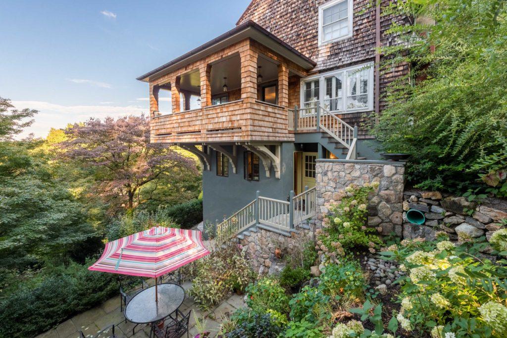 Cantilever porch over garden